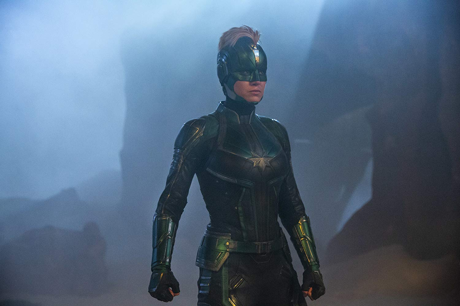 Captain Marvel full Kree helm and suit