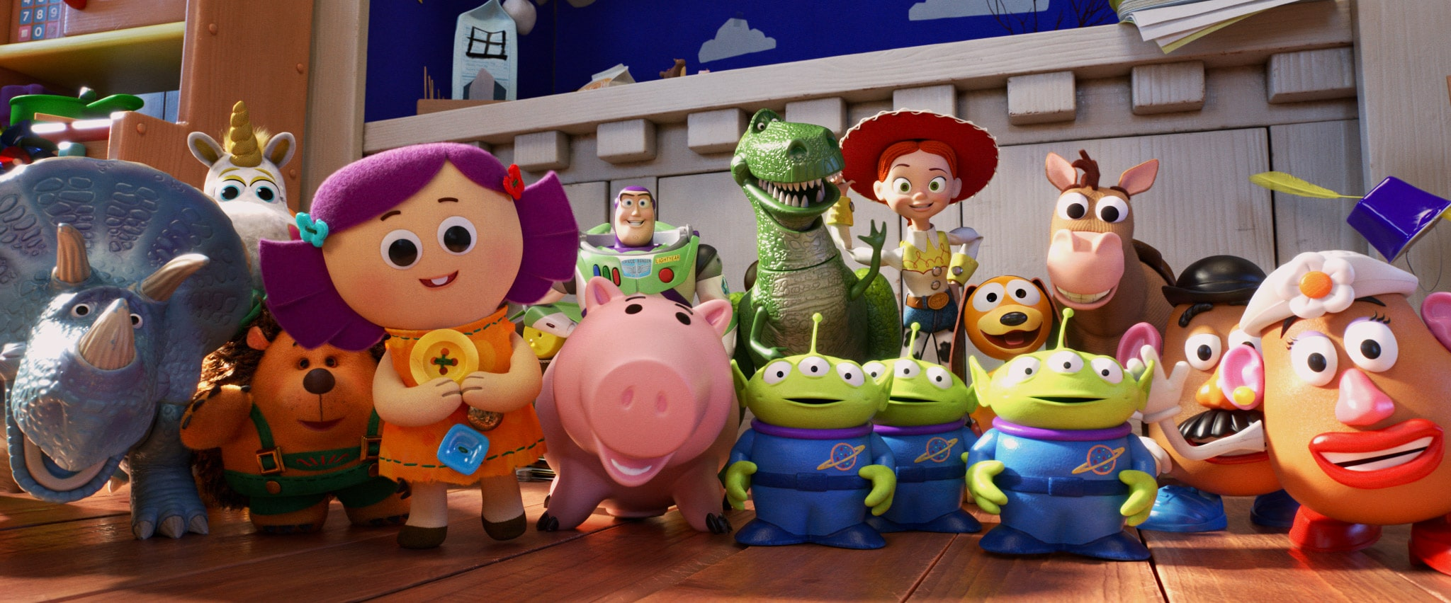Toy Story 4 old toys line up