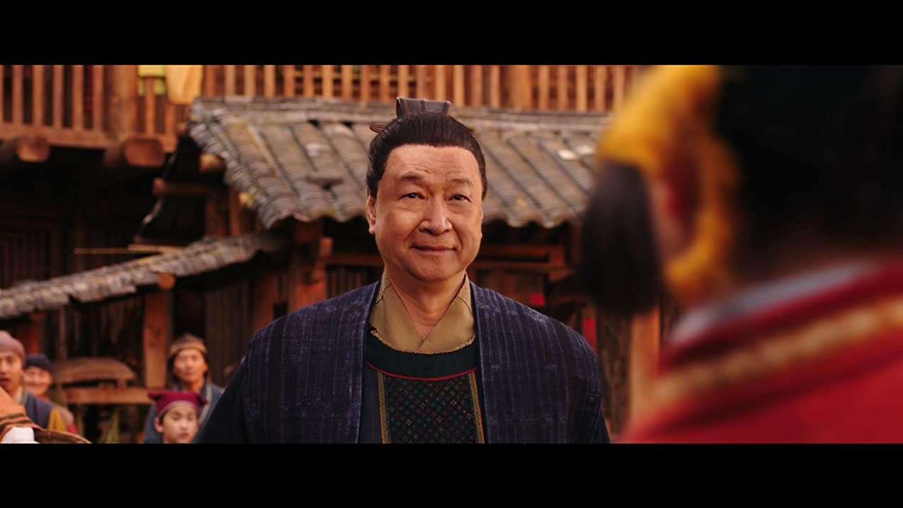 Mulan Tzi Ma as Mulans young father Hua Zhou