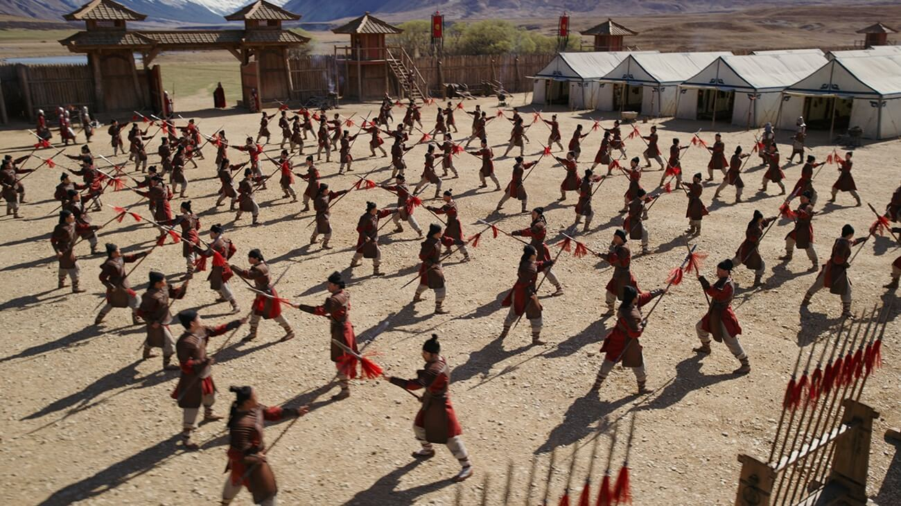 Mulan-army-camp-spear-practice
